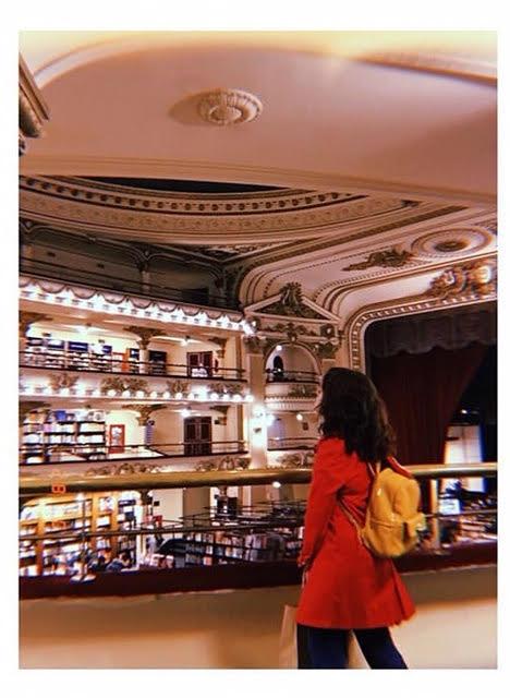 Erika v knjigarni El Ateneo Grand Splendid